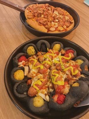 Foto review Pizza Hut oleh @qluvfood  1