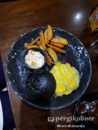 Foto 2 - Makanan di Blacklisted oleh Wiwis Rahardja