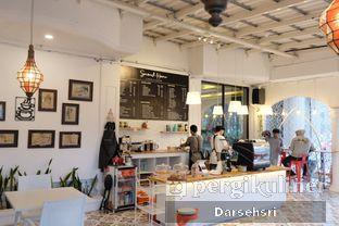 Foto review Second Home Coffee & Eatery oleh Darsehsri Handayani 5