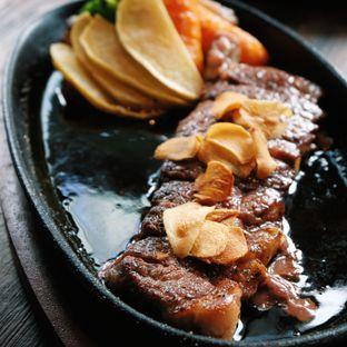 Foto 3 - Makanan(Tokusen wagyu steak) di Sakana Resto oleh Claudia @claudisfoodjournal