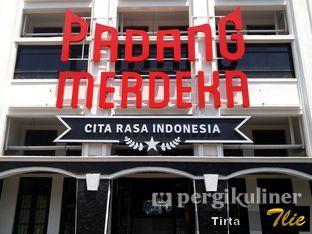 Foto review Padang Merdeka oleh Tirta Lie 15