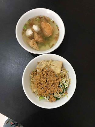 Foto 11 - Makanan di Bakmi Aliang Gg. 14 oleh Riris Hilda