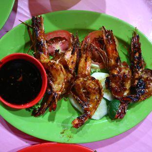 Foto 4 - Makanan(Udang Bakar) di Seafood Kalimati 94 Mulyono oleh Christian @EatWithKoko