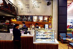 Foto 10 - Interior di Blue Lane Coffee oleh yudistira ishak abrar
