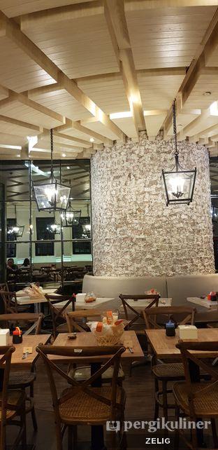 Foto 1 - Interior di Kafe Betawi First oleh @teddyzelig