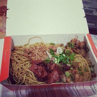 Foto - Makanan di Bakmie Aloi oleh Dennis Tu
