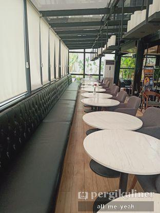 Foto 5 - Interior di Raindear Coffee & Kitchen oleh Gregorius Bayu Aji Wibisono
