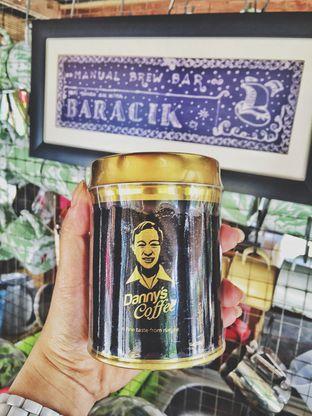 Foto 3 - Interior di Baracik Coffee oleh Astrid Huang | @biteandbrew