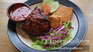 Foto 1 - Makanan(Ayam Bakar Madu) di Paradigma Kafe oleh Cubi