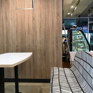 Foto 1 - Interior di McDonald's oleh Della Ayu