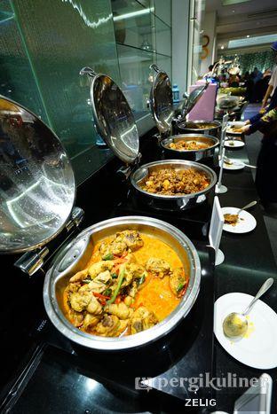 Foto 4 - Makanan di Cafe One - Wyndham Casablanca Jakarta oleh @teddyzelig