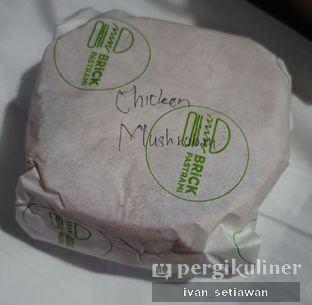 Foto review Brick Pastrami Burger oleh Ivan Setiawan 3