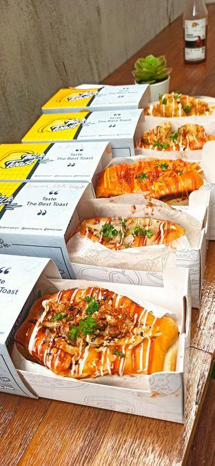 Foto 1 - Makanan di Thick Toast oleh Arianti Sungoro