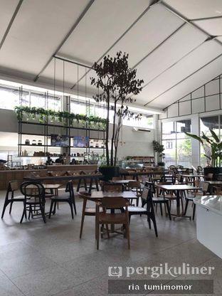 Foto 4 - Interior di Divani's Boulangerie & Cafe oleh riamrt