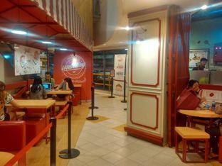 Foto 1 - Interior di Eggo Waffle oleh Renodaneswara @caesarinodswr