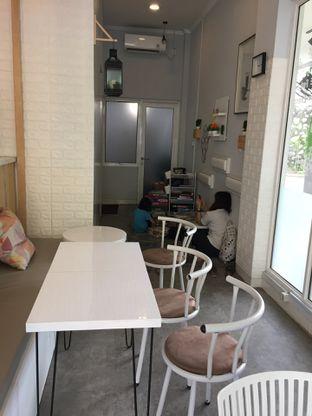 Foto 2 - Interior di Koju Cafe oleh Yohanacandra (@kulinerkapandiet)
