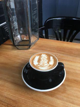 Foto - Makanan di Redback Specialty Coffee oleh mintico