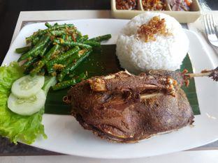 Foto 4 - Makanan di Bebek Tepi Sawah oleh ig: @andriselly