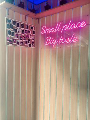 Foto 2 - Interior di Burger Plan oleh Fitriah Laela