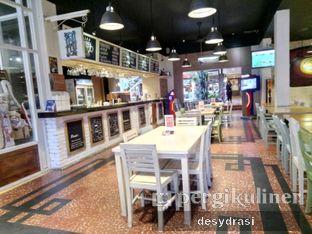 Foto 3 - Interior di Es Oyen oleh Makan Mulu