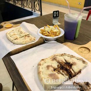 Foto 1 - Makanan di Master Cheese Pizza oleh laparpastiberlalu