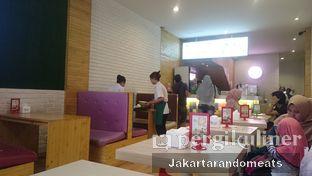 Foto 4 - Interior di Fat Bubble oleh Jakartarandomeats