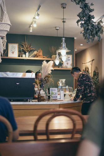 Foto Interior di Guten Morgen Coffee Lab & Shop