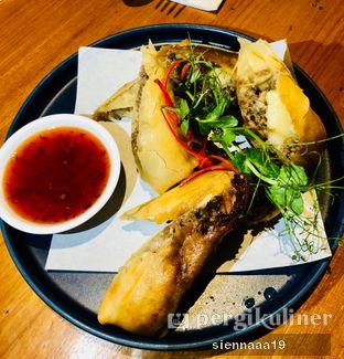 Foto 2 - Makanan(CHEESEBURGER SPRING ROLL ) di Mother Monster oleh Sienna Paramitha