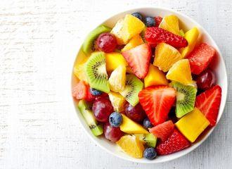 Makan Buah Sebelum Tidur Malam, Bagus atau Tidak Ya?