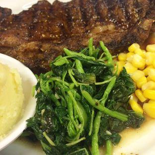 Foto 4 - Makanan di Holycow! STEAKHOUSE by Chef Afit oleh Yulia Amanda