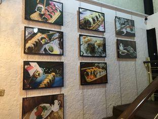 Foto 9 - Interior di Baiza Sushi oleh YSfoodspottings
