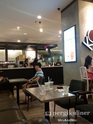 Foto 9 - Interior di KOI Cafe oleh UrsAndNic