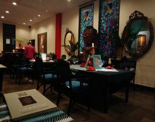 Foto review Lara Djonggrang & La Bihzad Bar oleh Picky Eater 1