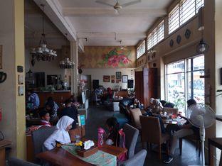 Foto 8 - Interior di Wiki Koffie oleh Chris Chan