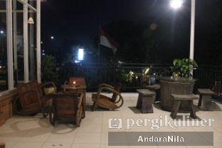 Foto 7 - Interior di Nampan Bistro oleh AndaraNila