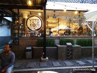 Foto 4 - Interior di Yutu Kopi oleh doyan kopi