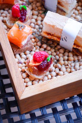 Foto 18 - Makanan di The Writers Bar - Raffles Jakarta Hotel oleh Indra Mulia