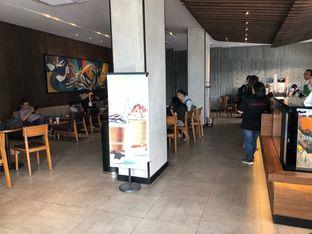 Foto review Starbucks Coffee oleh Budi Lee 2