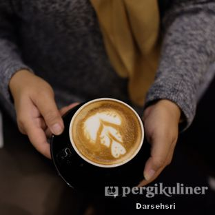 Foto review Piccolo Coffee Lounge oleh Darsehsri Handayani 1
