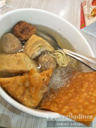 Foto - Makanan di BMK (Baso Malang Karapitan) oleh Debora Setopo
