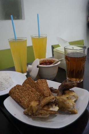Foto 6 - Makanan di Ayam Goreng Berkah oleh yudistira ishak abrar