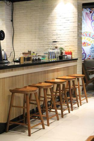 Foto 18 - Interior di Brouwen Coffee & Kitchen oleh Prido ZH