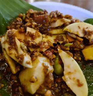 Foto 1 - Makanan di Rujak Kolam Medan oleh vio kal