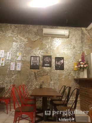Foto 5 - Interior di Ong's Kitchen oleh Ladyonaf @placetogoandeat