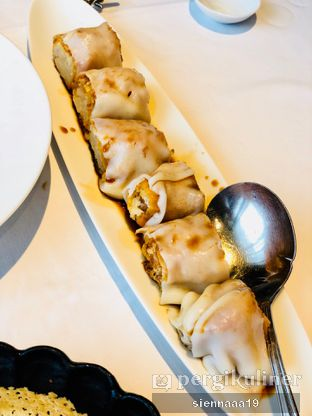 Foto 6 - Makanan(rice flour rolls with shredded turnip and ham) di House Of Yuen - Fairmont Jakarta oleh Sienna Paramitha