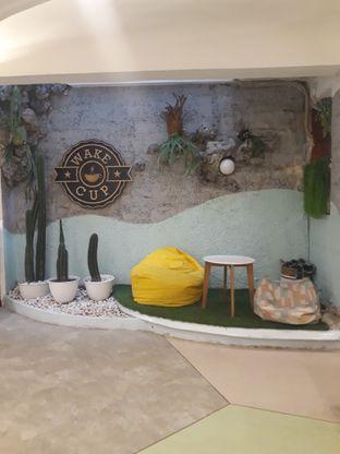 Foto 5 - Interior di Wake Cup Coffee oleh Mouthgasm.jkt