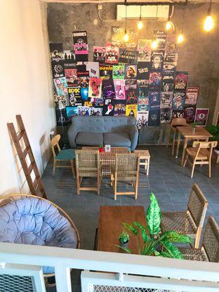 Foto 26 - Interior di Monty's Kitchen & Coffee oleh yudistira ishak abrar