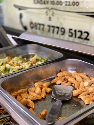 Foto 12 - Makanan di Batavia Bistro oleh Jeljel