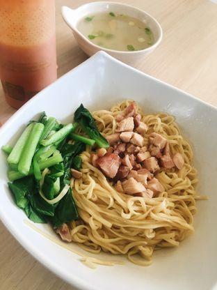 Foto 1 - Makanan di Bakmi Buncit oleh inggie @makandll
