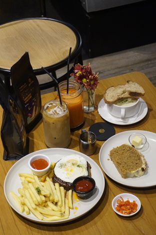 Foto 11 - Makanan di Gerilya Coffee and Roastery oleh yudistira ishak abrar